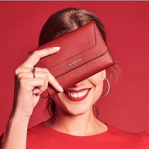 Samsonite vårt favoritmärke, kan erbjuda hundratals olika produkter kontakta Ålvi för mer info.