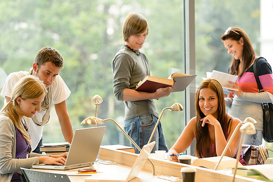 Health Insurance Sanitas for students going to study outside Spain