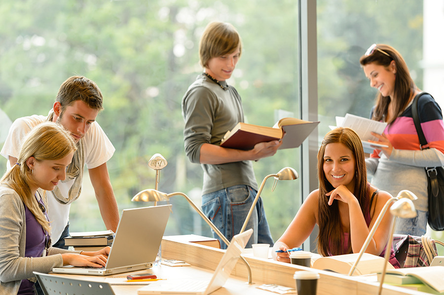 Health Insurance for students who are going to study outside Spain