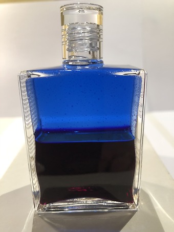 Aura-Soma i Stockholm – Flaska med olja nr 1 – Fysisk räddningsolja